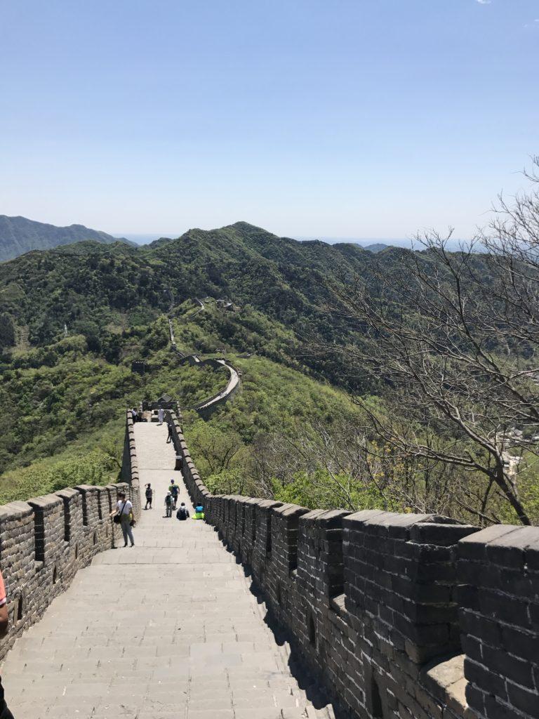 * Kontrastene er store i Kina. Like imponerende som den kinesiske mur, er